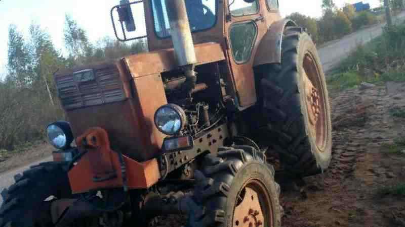 чем продам трактор в валдае популярными
