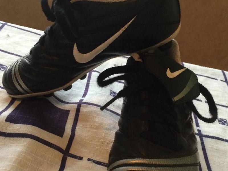 4317e1c4 Купить в Сызрани: Продам детские бутсы Nike , цена 550 рублей ...