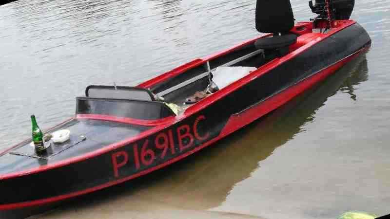 продам лодку моторную в воронеже