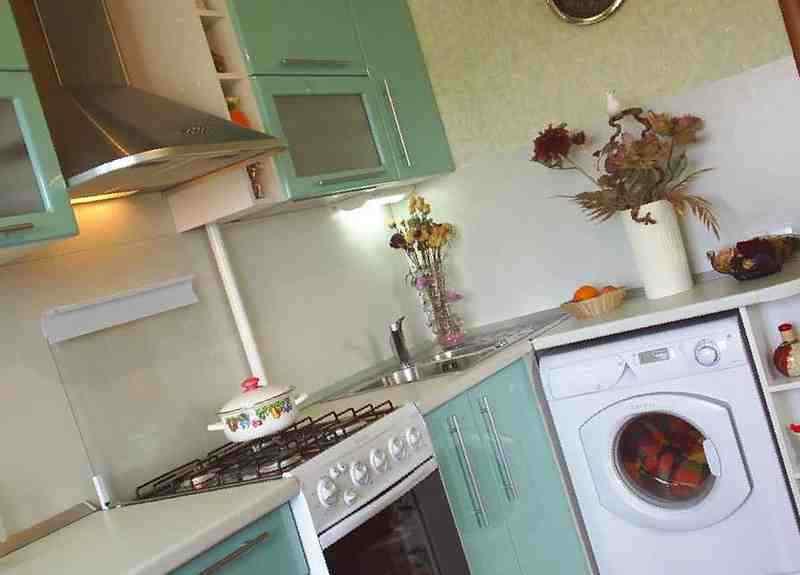 Кухни дизайн угловые в брежневке