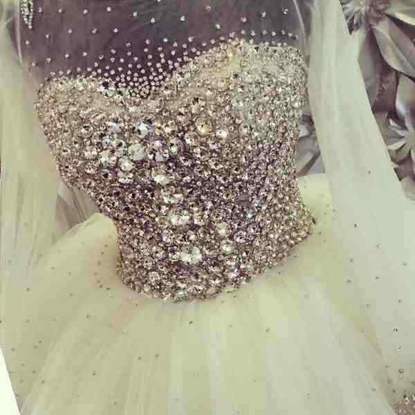 Купить в Нальчике: Свадебное платье, б/у , цена 30000 рублей ... | 600x600