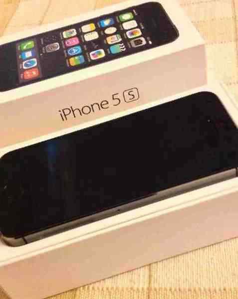 Купить в Южно-Сахалинске  Apple iPhone 5S, б у , цена 25500 рублей –  объявления Южно-Сахалинска 5432a283773