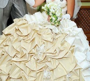 9df3ce0fe89 Купить в Тельмане  Свадебное платье + перчатки + креналин ...