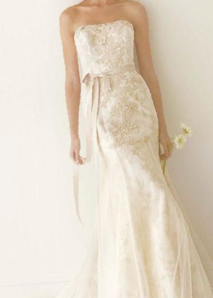 cbfb4ce521f Красивое свадебное платье. Объявления Южно-Сахалинска ...